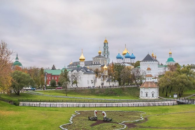 Day Trip to Troitse-Sergieva Lavra from Moscow