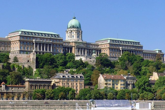 Budapest City Sightseeing Half-Day Tour photo 11