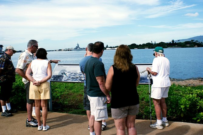 USS Arizona Memorial Narrated Tour and Pearl Harbor Virtual Reality Center photo 1