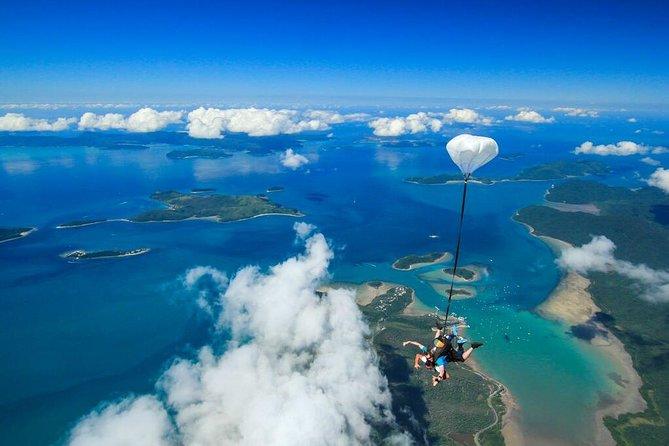 Airlie Beach Tandem Skydive