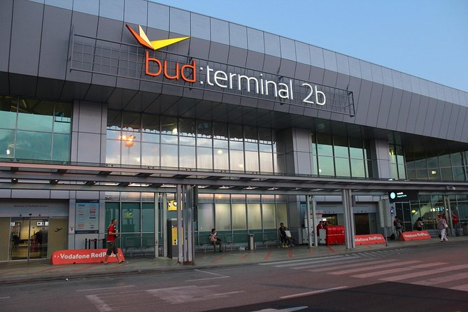 Cheap Shuttle Airport Transfer Budapest to Hotel