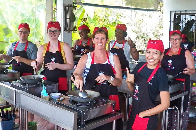 Choose Your Five Dishes: Half-Day Thai Cooking Class in Phuket