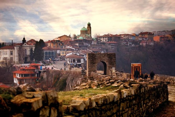 Private Day trip to Tsaravets Fortress in Veliko Tarnovo and The Emen Canyon