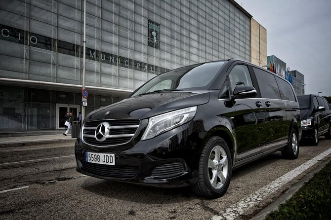 Arrival Private Transfer Luxury Van Bilbao airport BIO to Bilbao City