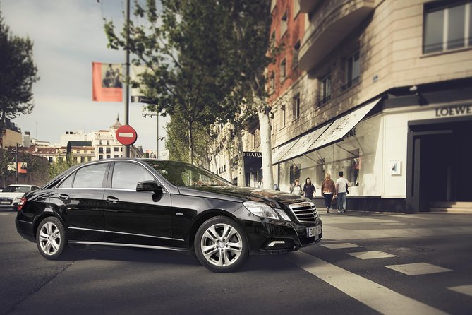 Departure Private Transfer Valencia City to Valencia Airport VLC Business Car