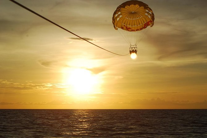 Parasailing Experience in Kendwa Beach Include Sea Food Lunch