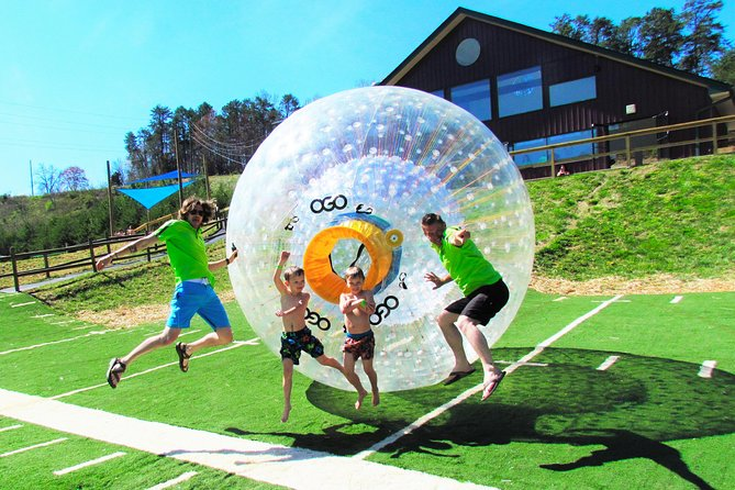 Zorbing bij Outdoor Gravity Park in Pigeon Forge