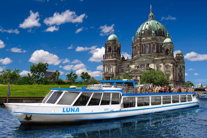 Vea todo Berlins East y West desde el agua en 3,5 horas