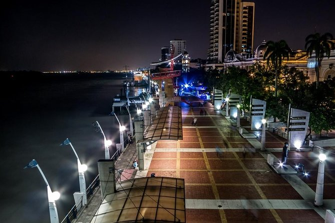 Guayaquil City by Night and Sailing Tour on Guayas River