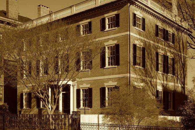 Middag Haunted History of Salem Walking Tour