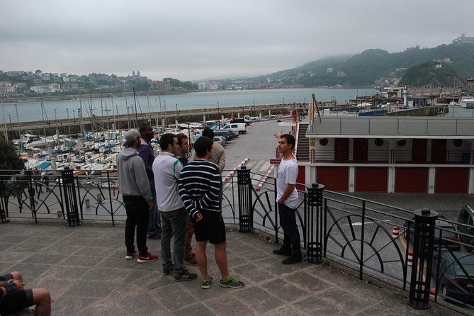 Recorrido a pie por San Sebastián con un pintxo y una bebida