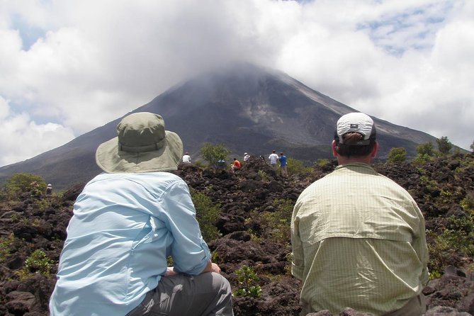 Arenal Volcano and Baldi Hot Springs Day Trip from San Jose