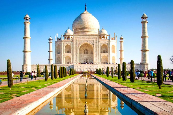 1 Day Trip To Taj Mahal and Agra Fort From Delhi By Express Highway