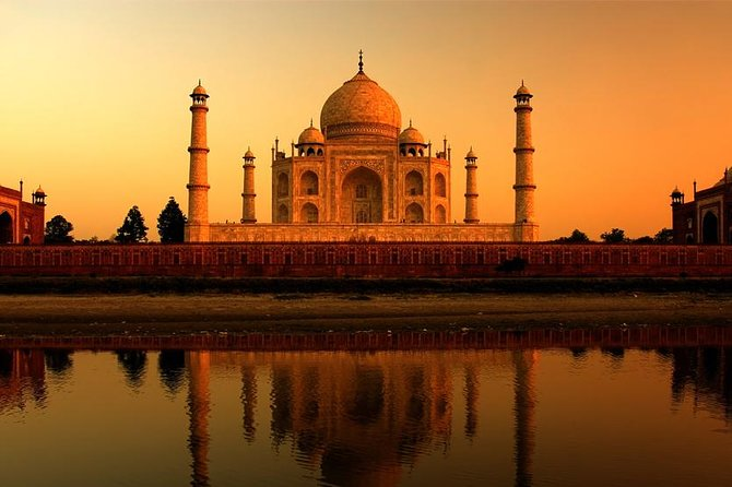 Private 09-Hour Agra Day Tour: Sunrise and Sunset of Taj Mahal