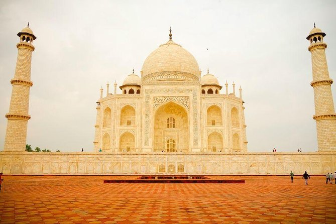 Priavte Taj Mahal and Agra Full Day Tour from Jaipur