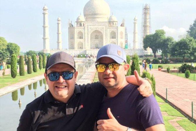 2 Days Taj Mahal Sunrise Tour from Mumbai with Flights