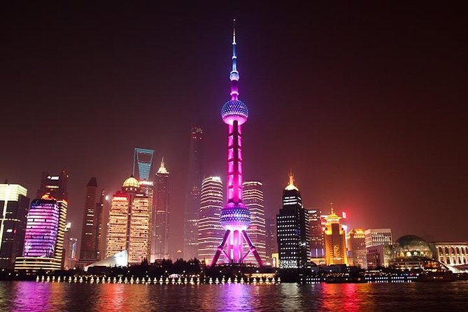 Evening Cruise Tour of Huangpu River And Grand Night View At Shanghai Financial Center