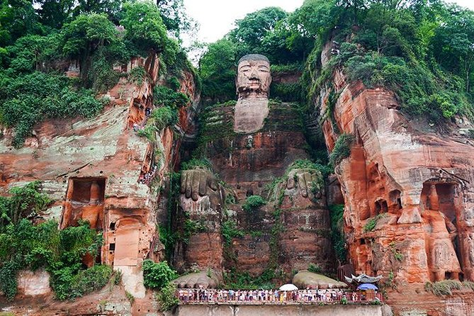 Private Day Trip: Leshan Giant Buddha with Lunch