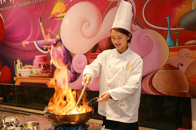 Chengdu Day Tour of Sichuan Cuisine Cooking and Experiencing Local Life