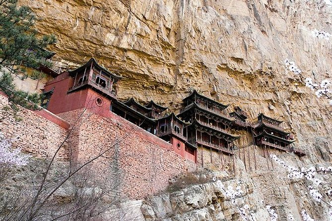 Datong Full Day Tour of Yungang Grottoes and Hanging Monastery with Wooden Pagoda