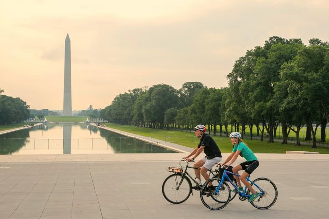 Private Customized DC Sights Biking Tour