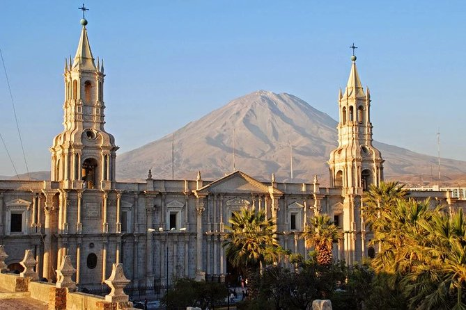 Afternoon : Arequipa Walking tour