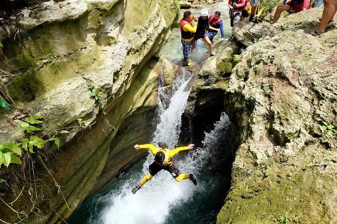 Private Canyoneering in Kawasan Falls Tour Package with Transportation