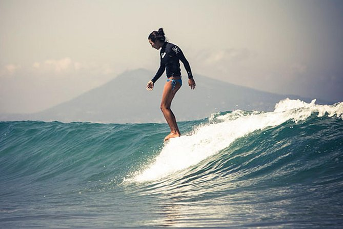 4-Hour Surfing Course for Experienced Surfers in Famara