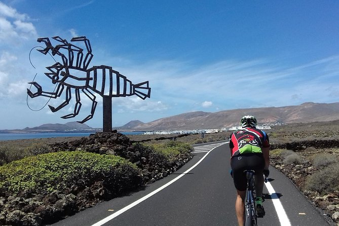 4-hour Route on Road Bike in Lanzarote
