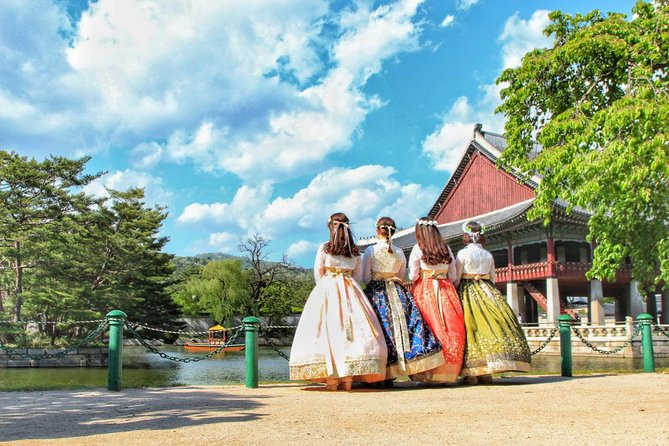 Full-day Customizable Private Seoul Highlight Tour with Hanbok Experience