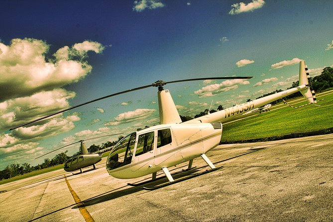 Helicopter Tour over Orlando's Theme Parks photo 3