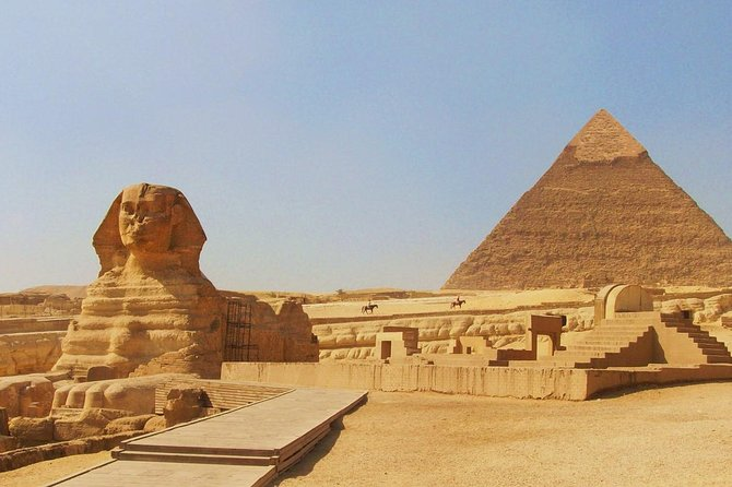 Exploring Sakkara , Memphis and the Giza pyramids photo 2