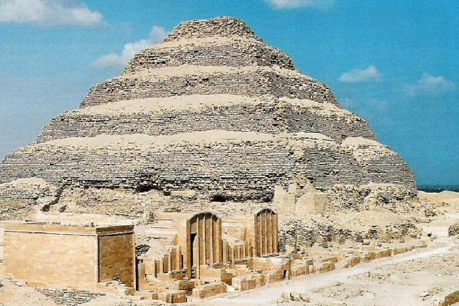 Exploring Sakkara , Memphis and the Giza pyramids photo 1