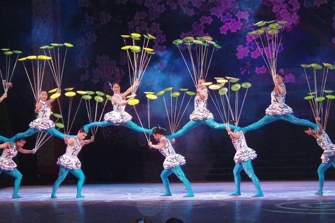 Private Tours: Beijing Acrobatic Show with hotel Transfer