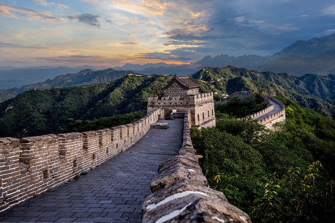 Private All Inclusive Day Tour to Mutianyu Great Wall and Summer Palace from Beijing