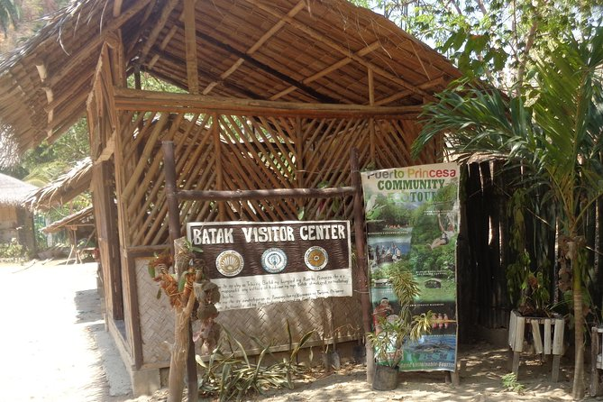 Private Hiking tour in Batak Tribes village per vehicle group rate