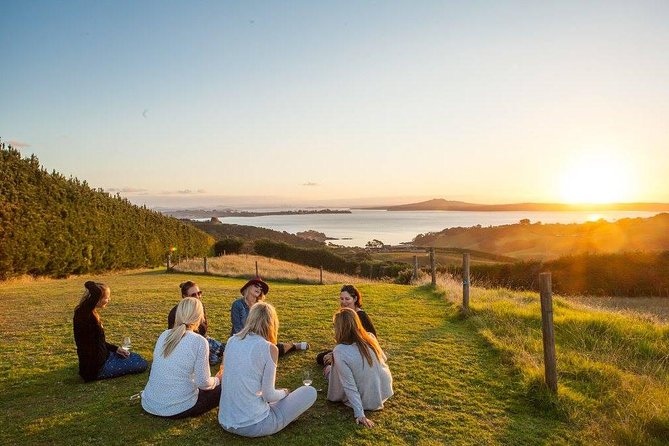 Full-Day Tour of Waiheke Island with Wine Tastings