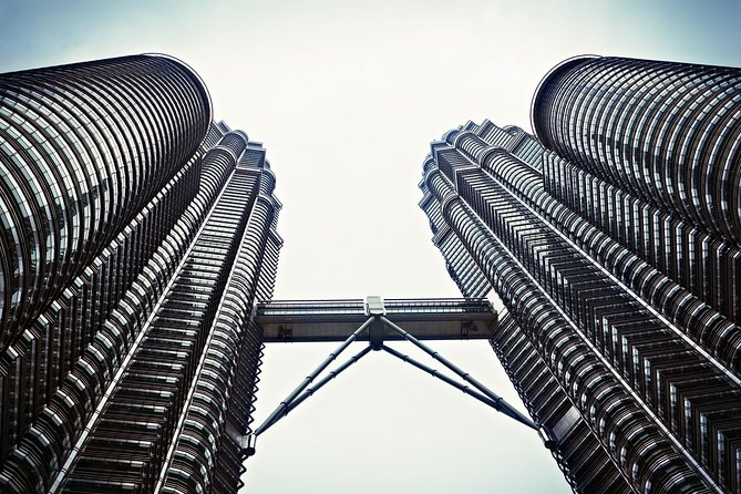 Private Tour: Petronas Twin Towers Observation Deck SPA Dinning And Shopping