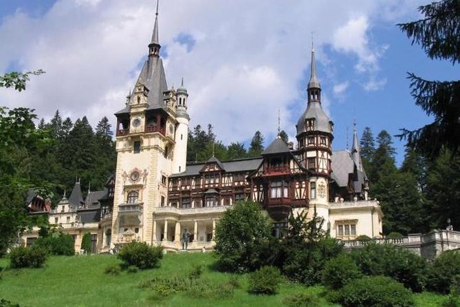 Castles of Transylvania - Private Day Trip from Bucharest / PRIVATE TOUR