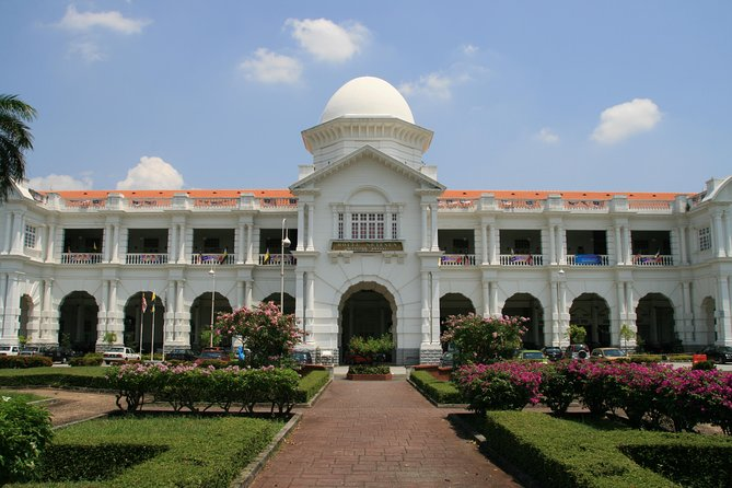Ipoh Heritage: Kellie's Castle, Railway Station, Perak Caves, Concubine Street