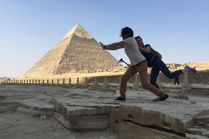 Layover Day Tour to Egyptian Museum and Giza Plateau