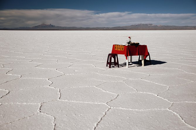Private Salt Flat Full-Day Tour Including The Cemetery of Trains and Lunch from Uyuni photo 3