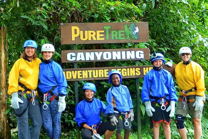 Waterfall Rappelling and Chocolate Tour in La Fortuna