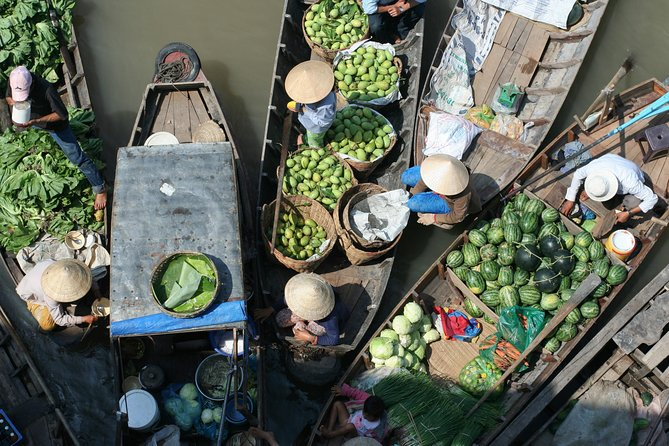 1-day Mekong Delta Tour: Floating Market, Cooking Class and Cycling