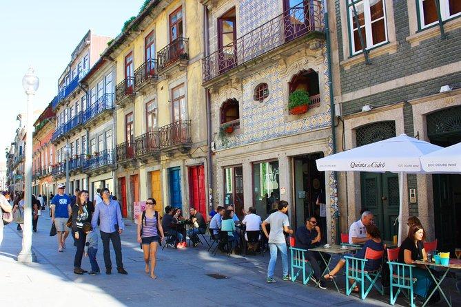 Excursão pelo centro de Porto - Ingresso Evite filas à Livraria LELLO INCLUÍDO