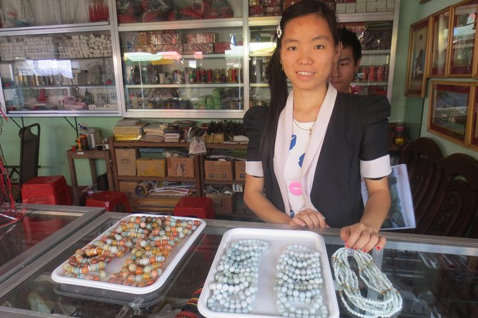Trading Jade in Mandalay half day tour