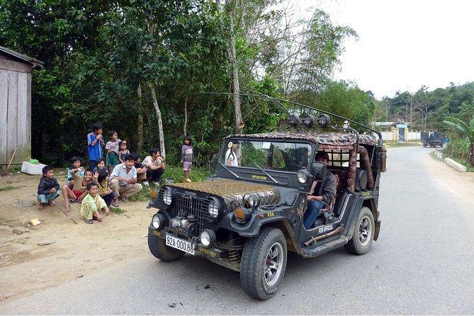 Fun transfer Hoi An - Hue by Jeep