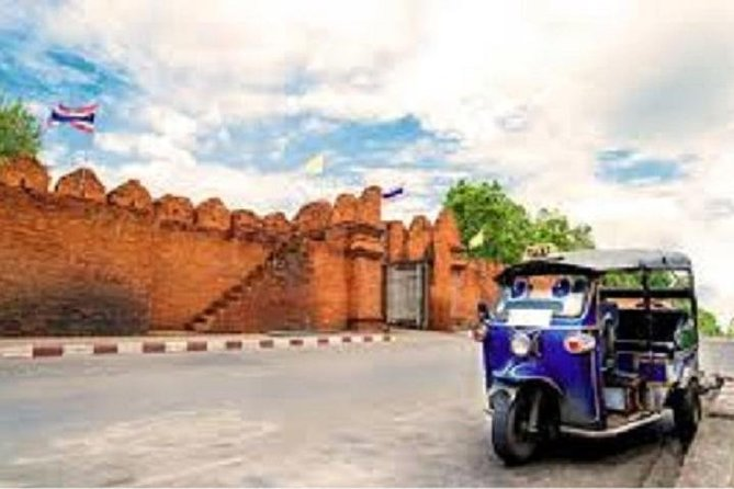 Half day Best of Chiang Mai City by Tuk-Tuk Private tours
