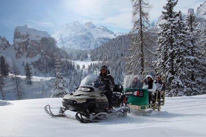 Van Bolzano - Sneeuwscooter en rodelen en de privétour langs de grote Dolomietenroute