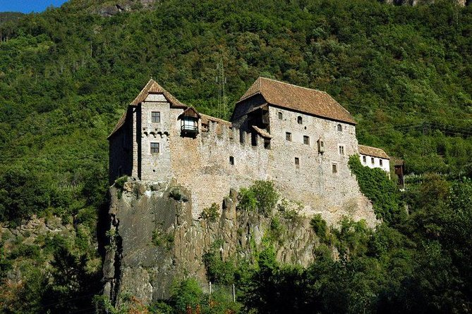 Private Half-day Tour: the Historical Center of Bolzano and Roncolo Castle